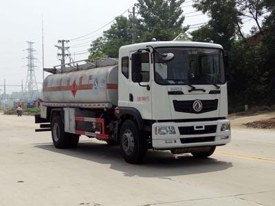 程力威牌CLW5180GYYT5型运油车